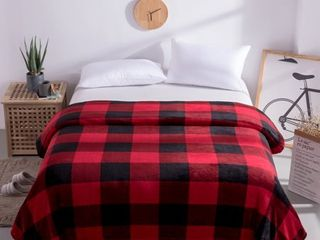 Mainstays King Super Soft Plush Bed Blanket in Red Plaid