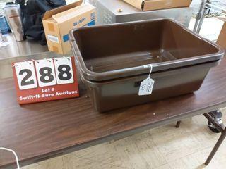 2 Dish tubs