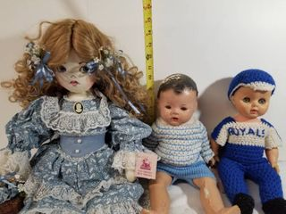 lot of Three Dolls  Two Baby Dolls  One Old Friends  Best Friends Cloth Doll