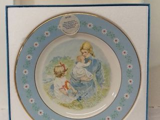 AVON 1974 Tenderness Plate Exclusively Decorated and Produced in Spain for Avon Products