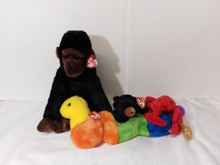 lot of 4 TY Beanie Babies with Tags Still Attached   Original Buddies Inch  Congo  Blackie  and Pinchers