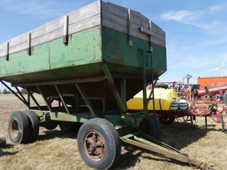 Derynck 400bu Gravity Wagon