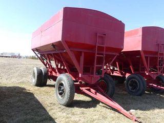 Derynck 500bu Gravity Wagon w Tarp and lights