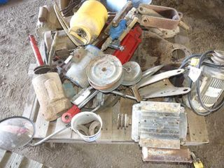Skid of Electric Motors  Cylinders  Etc