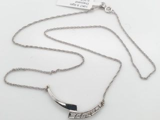 1900 10K Diamond 0 1ct  Necklace