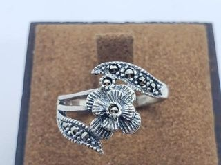 80 Silver Marcasite Ring