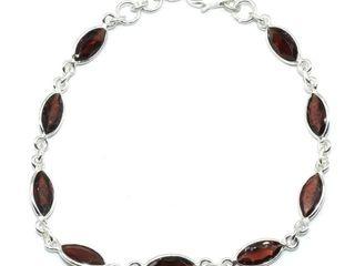 400 Silver Garnet 5 65ct  Bracelet