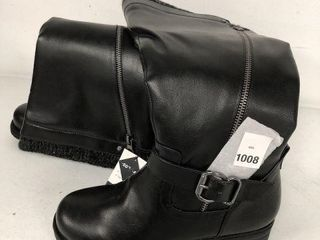 CAll IT SPRING WOMEN S BOOT SIZE 7
