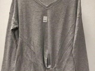 MAURICES WOMENS lONG SlEEVES TOP SIZE MEDIUM