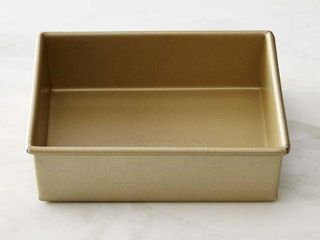 GOlDTOUCH WIllIAM SONOMA SQUARE PAN SIZE 9  X 9