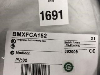 SCHNEIDER ElECTRIC CORD SET FOR USE WITH MODICON