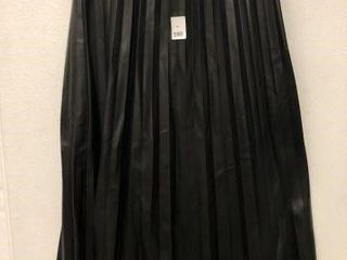 H M WOMENS PlEATED SKIRT SIZE 4