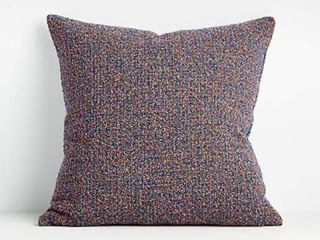 CRATE   BARREl FREYA SKYDIVER PIllOW COVER SIZE