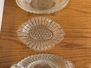 Vintage creamer and sugar set  Vintage bowls