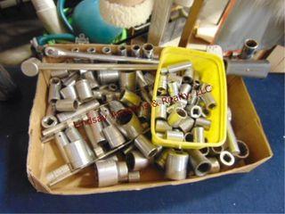 Flat w  sockets  breaker bar  torque wrench