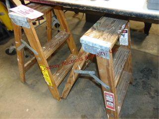 2 wood step stools