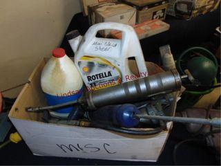 Box w  5 grease guns