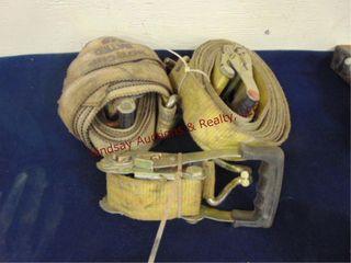 2  ratchet straps   extra ratchet  2  x 40