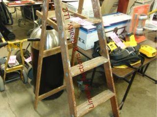 5ft wood step ladder