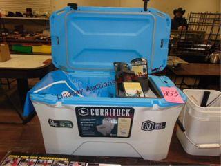 NEW Currituck 50qt cooler w  fish rod holder