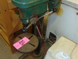 Central Machinery HD Drill Press 3 4HP  12 spd