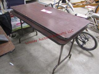 2  4ft folding tables