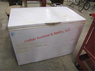 Frigidaire chest type freezer 48 x 27 5  x35