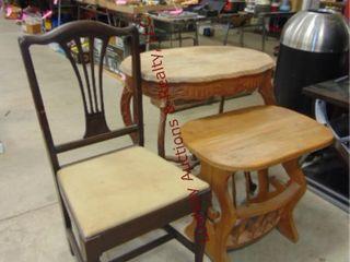 2 wood tables   wood chair  29x19x28   22x15x21