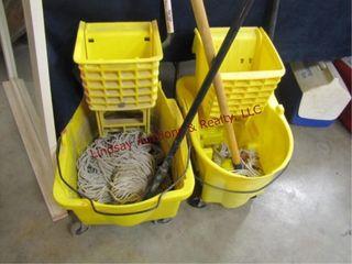 2 Mop buckets   2 mops