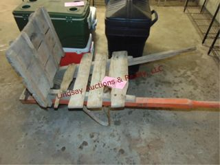 Wood brick layer s wheel barrow