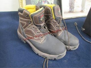Pair of men s size 12 Survivors boots  used