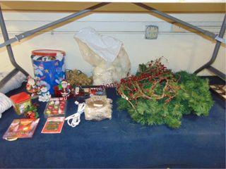 lot of Christmas decor SEE PICS