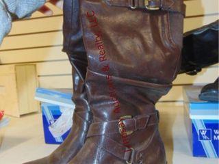 NIB White Mountain leather boots size 8 5M Brown