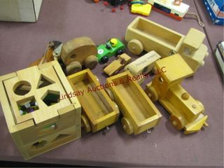 Group of wood toys SEE PICS