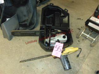Craftsman  18  bar  gas chainsaw w  case