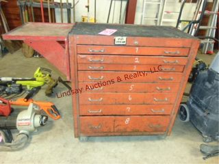 Toolbox on whls  8drawers   side shelf  33x 18x 39
