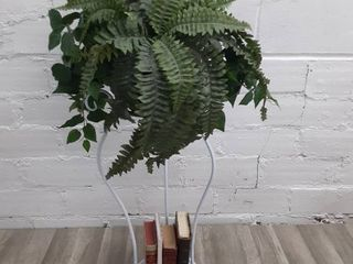 White Metal Plant Stand