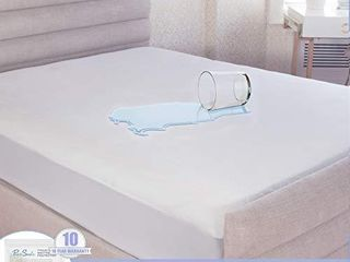 Pure Siesta Hypoallergenic Waterproof Mattress Protector  Plush Fabric  Fitted Mattress Cover  King