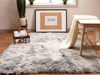 Silver Orchid Parrott Faux Fur Sheepskin Area Rug  Retail 141 99