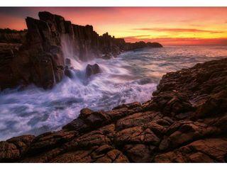 Ideal Decor Sea Cliff Wall Mural