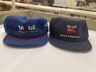 2 Vintage Mobil Trucker Hats