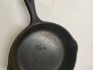 Wagner Ware   5 Cast Iron Skillet 1055