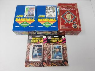 3 boxes of assorted baseball cards  Detroit