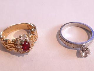 2 Formal Wear Rings  Silver Tone Marked 18 Kthge