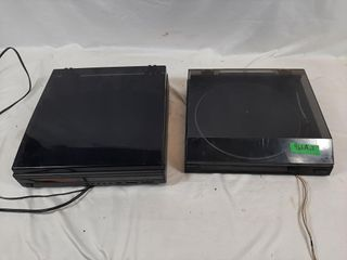 Hitachi semi automatic turntable and CD changer