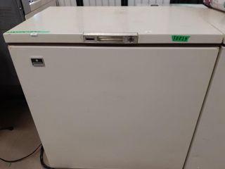 Kelvinator chest freezer