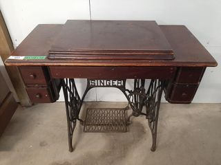 Singer sewing machine table with machine and misc