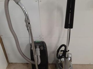 Conair steam cleaner  power button lights up and