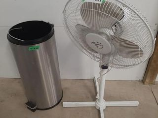 Working standing fan and trash can