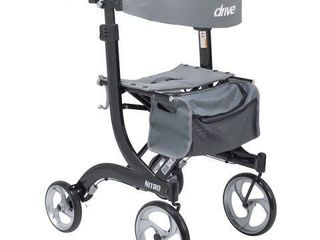 DRIVE MEDICAl NITRO WAlKER ROllATOR